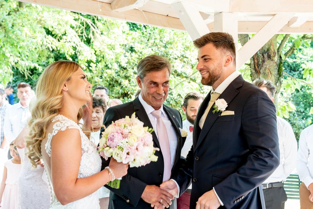 Übergabe Vater-Tochter Hochzeit Wedding