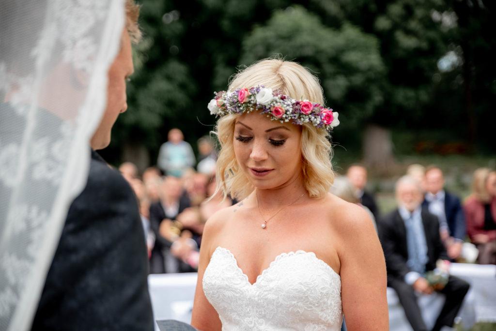 Gelübte Seck Dappricher hof Holzbachschlucht Blumenschmuck wedding hochzeit reportage Shooting