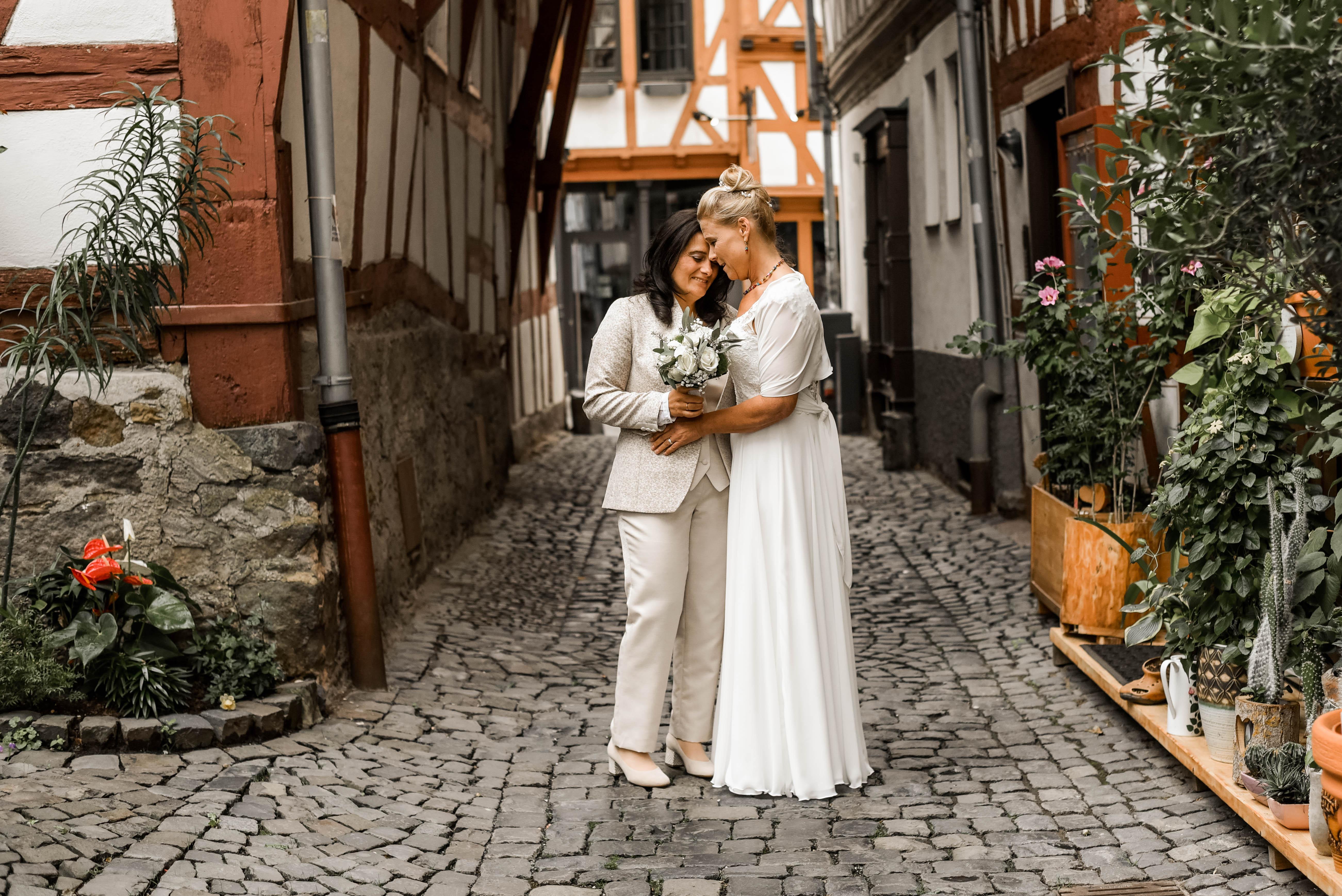 Hochzeitsfotografie Brautpaarshooting Hochzeitsfotografin Hochzeitsfotografie